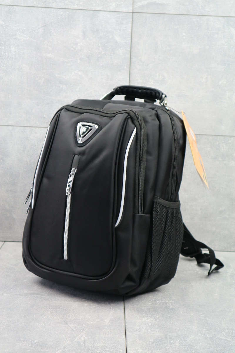 Повседневный мужской рюкзак городской с карманами черный