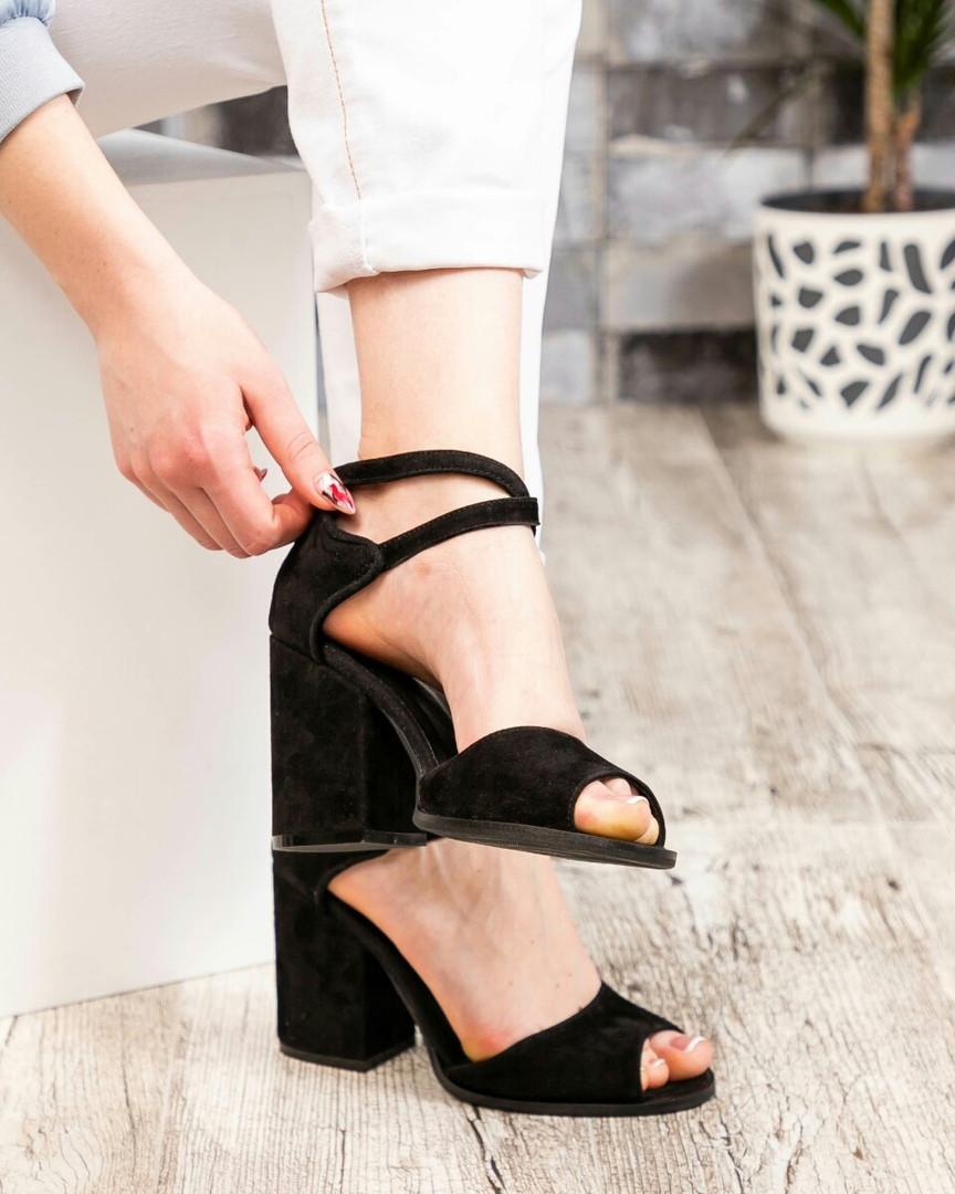 Туфли женские  открытые черные