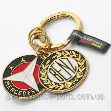 Брелок Mercedes-Benz Key Ring, Sindelfingen, Gold, Brass, артикул B66041523