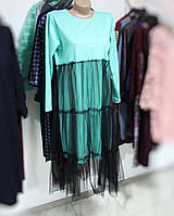 Мятное платье с черной сеткой сверху размера 48-50