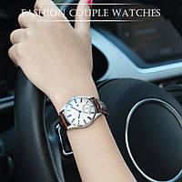 Часы женские наручные кварцевые с коричневым кожаным ремешком и бежевым циферблатом