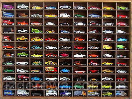 """Стеллаж для игрушечных машинок """"Форд 108"""" капучино"""