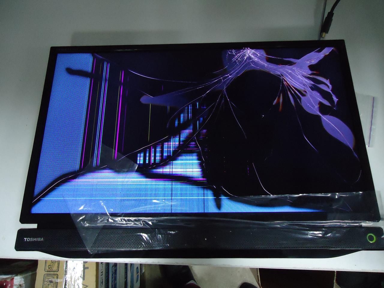 "Телевизор 24"" Toshiba 24P1306EV на запчасти разбита матрица (TL240XS2A-0, V71A00028801 )"