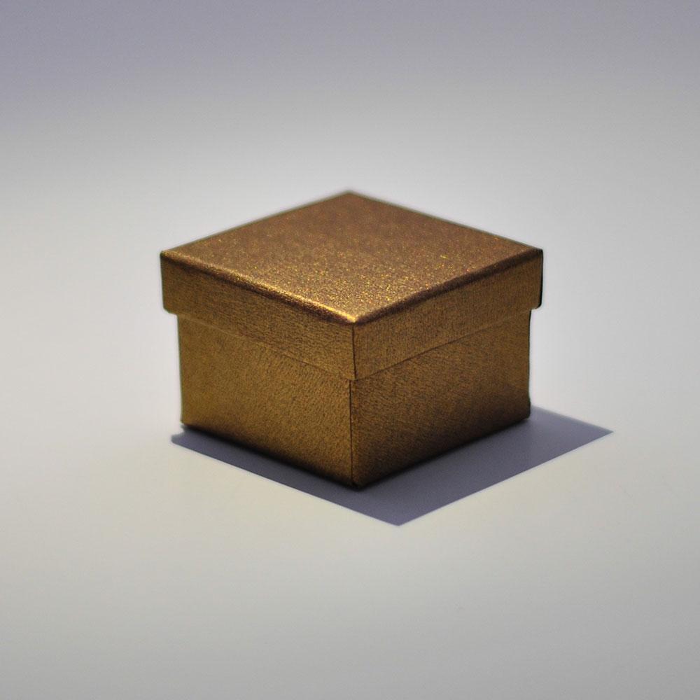 Подарочная коробочка под ювелирные изделия