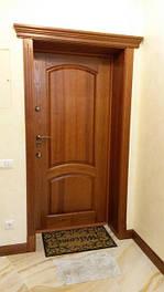 Двері з масиву дерева (дерев'яні двері)