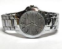Часы на браслете 190005