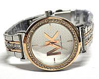 Годинник на браслеті 190010