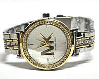 Часы на браслете 190010