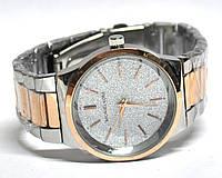 Часы на браслете 190013