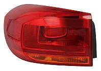 Фонарь задний левый Vw Passat B7 (Europe, седан) 2011 - 2015 внешний, светлая полоска LED, P21W/W16W/LED, + лампы, + LED (Depo, 441-19C6L-AE) OE