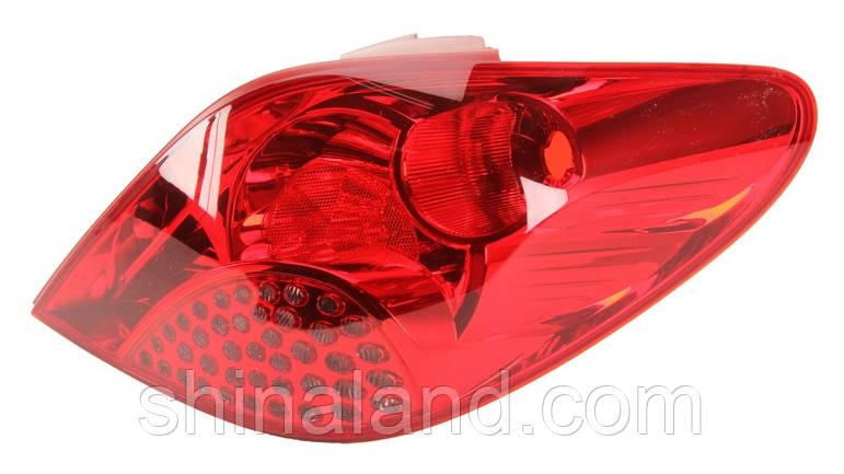 Фонарь задний правый Peugeot 207 (дорестайл) (хетчбєк) 2006 - 2009 P21W+P21W+P21W+R5W+PY21W, (Depo, 550-1944R-UE) OE 6351Y7 - шт.