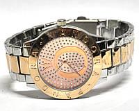 Часы на браслете 190020
