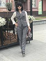 Костюм брючный с жилетом серый в стиле Gucci