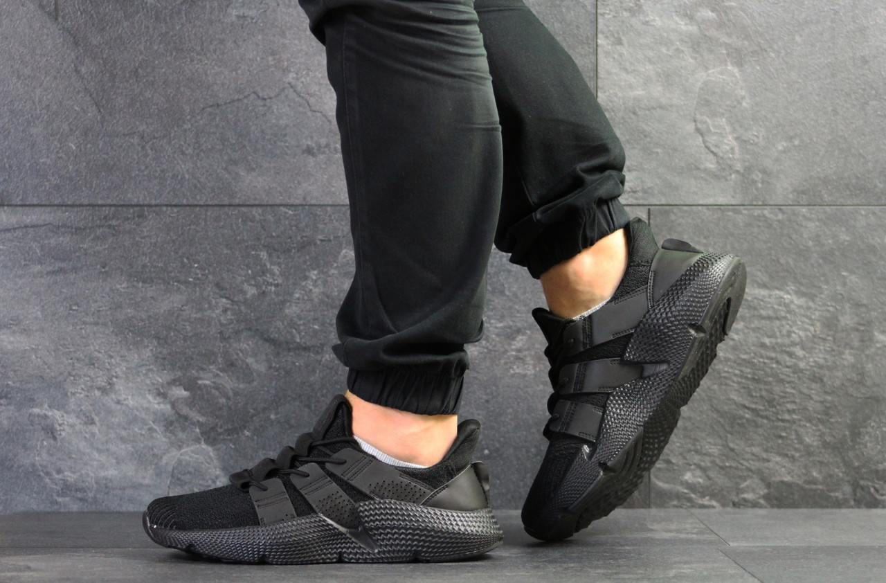 Кроссовки мужские Adidas,текстиль,черные