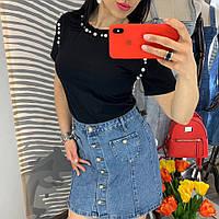 Джинсовая юбка с пуговицами-жемчужинами