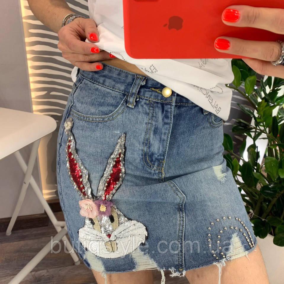 Джинсовая юбка с аппликацией Банни
