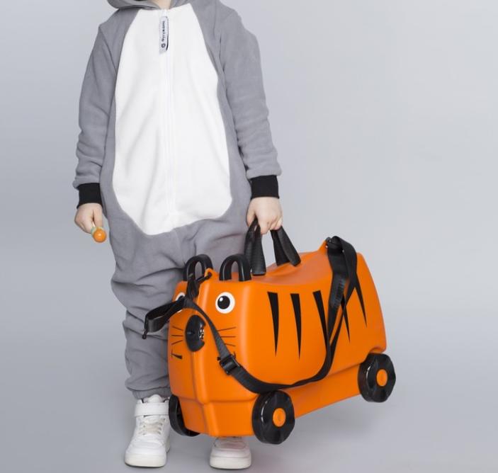 Детский Чемодан на 4 колесиках Trunki / Транки оранжевый цвет на 18 л. + Подарок