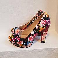 Туфли на каблуке с цветочным принтом (р 36-37)