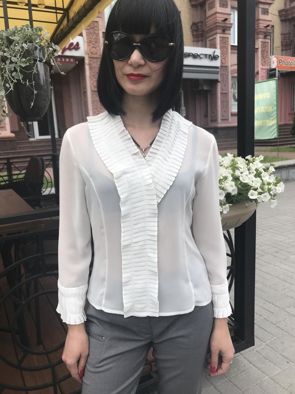 Блуза шелковая женская белая