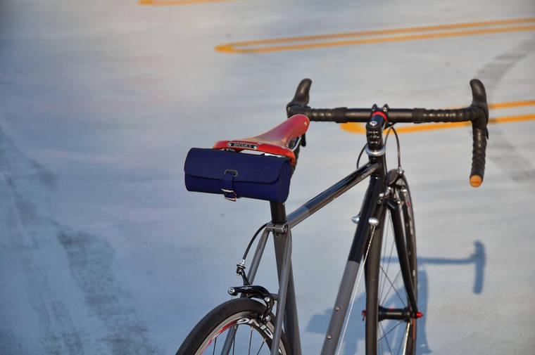 Велосумка BROOKS Challenge Tool Bag Royal Blue, фото 2