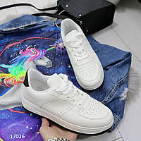 Женские кроссовки похожи на Nike air force белые с черной пяточкой, фото 1