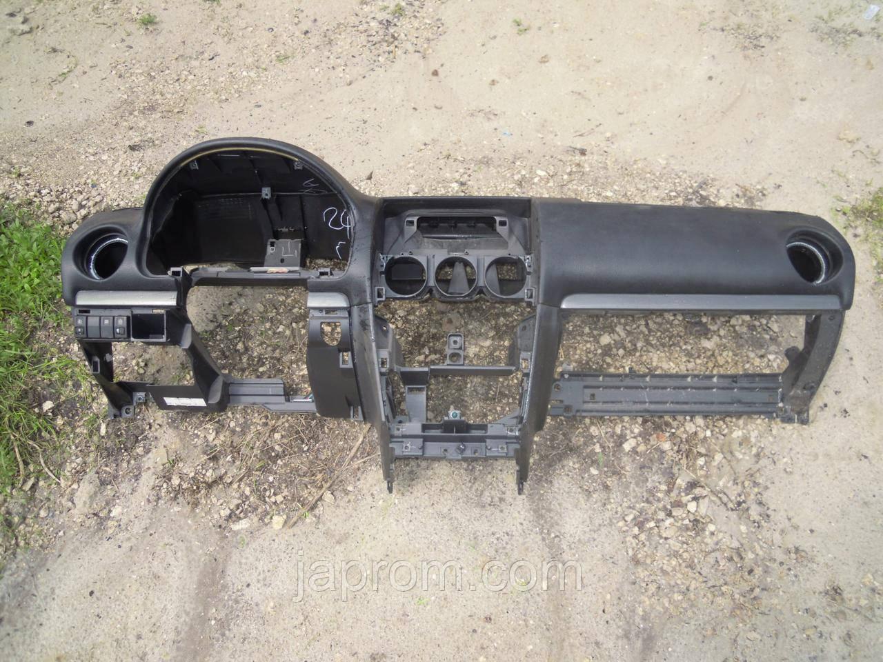 Панель передняя салона (торпедо) Mazda 6 GG 2002-2007г.в.