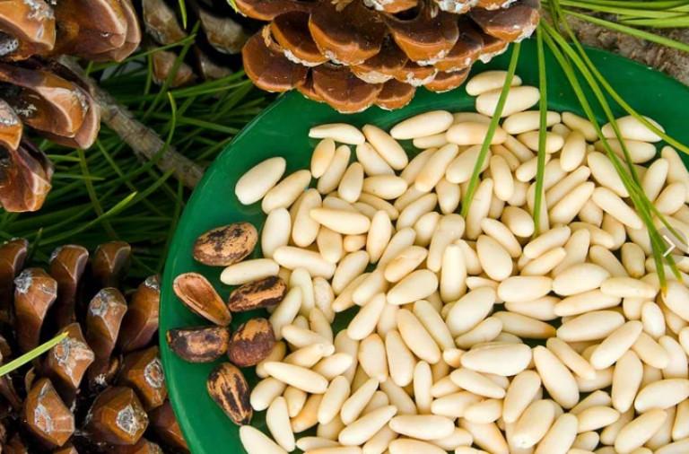 Кедровые орешки 200 грамм
