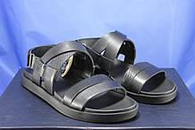 Мужские кожаные сандалии на липучке черные  Bertoni