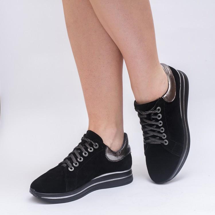 Кроссовки замшевые черные 8053