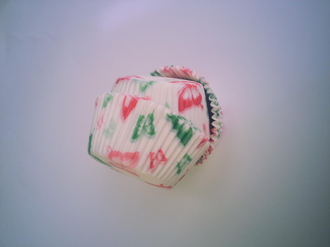 """Форма для маффинов """"Бабочки""""красно-зелёный (код 04115)"""