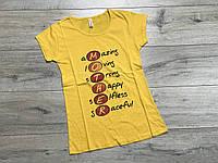 Женская футболка. S и М  размеры.