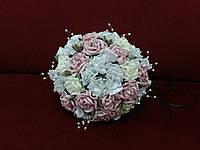 Свадебный букет-дублер из роз пудровый с белым и айвори