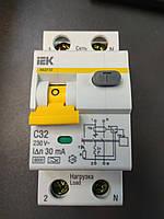 Автоматический выключатель дифференциального тока IEK C32À/30ma