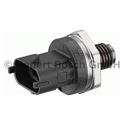 Датчик тиску подачі палива на Renault Trafic 03-> 1.9 dCi — Bosch (Німеччина) - 0281002867