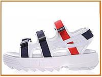 Стильные женские сандалии Fila Disruptor Sandal White Blue (босоножки фила дисраптор, белые / красные / синие)