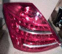 Задний наружный фонарь Mercedes-Benz S550