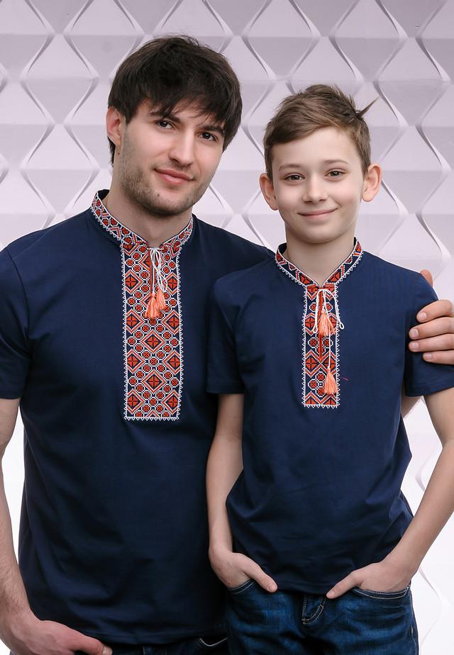 Парные футболки вышиванки с орнаментом Папа - сын