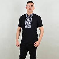Черная стильная футболка с вышивкой