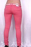 Цветные джинсы розового цвета с порватостями, фото 2