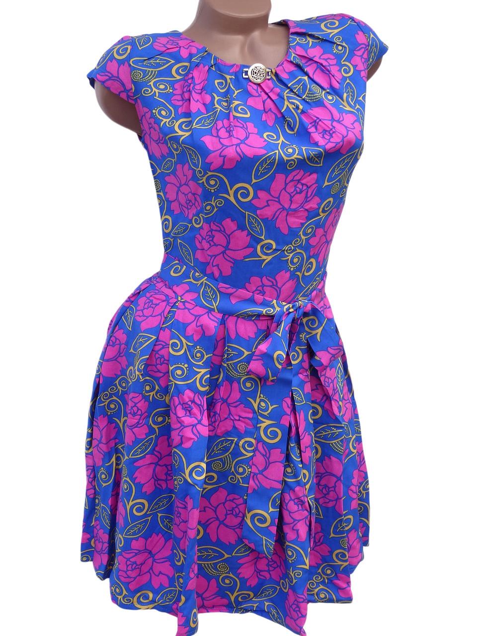 Красивое летнее платье в яркие цветы 42р