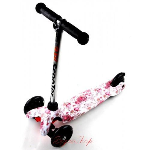 Детский самокат MINI Best Scooter с принтом в ассортименте