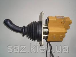 Запчасти для погрузчиков XCMG Клапан управления (с джойстиком)