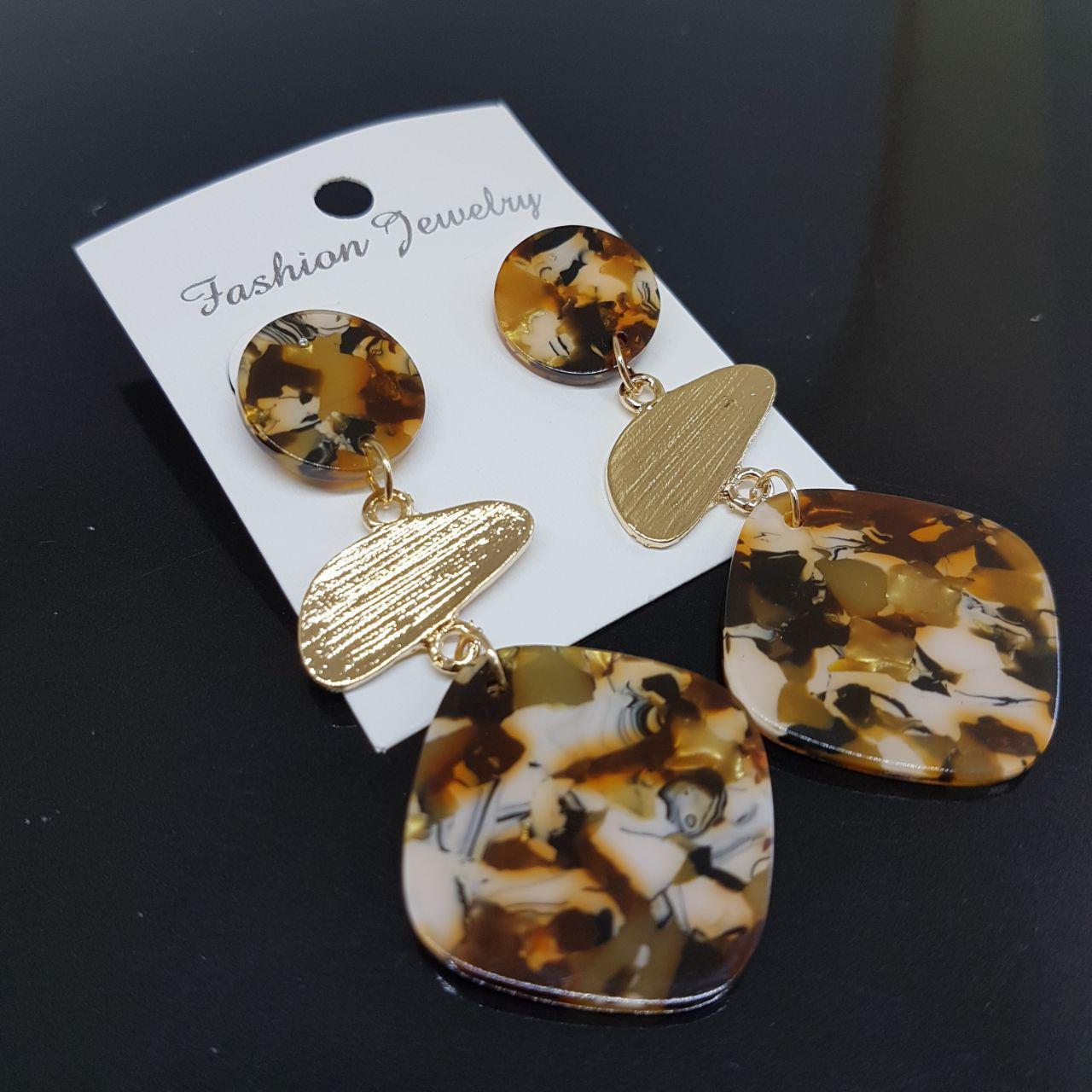 Серьги женские из 3 сегментов Amazon Fashion Jewelry коричневый мрамор (арт. ear-amazon-brown-marble)