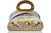 Картонная коробочка для  свадебного торта
