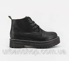 Взуття Boots Platform Black Mid 36