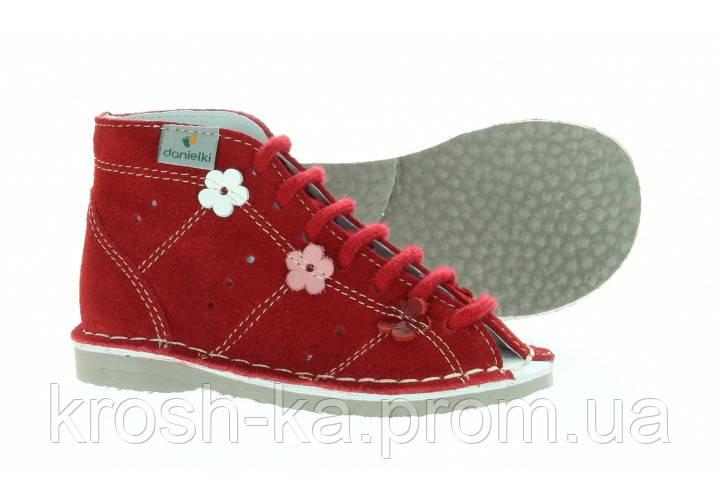 Босоножки ортопедические для девочки на шнурках красные (27-32) р Danielki Польша S23