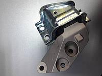 Подушка двигателя на Citroen Jumper 06-/Peugeot Boxer 06-/Fiat Ducato