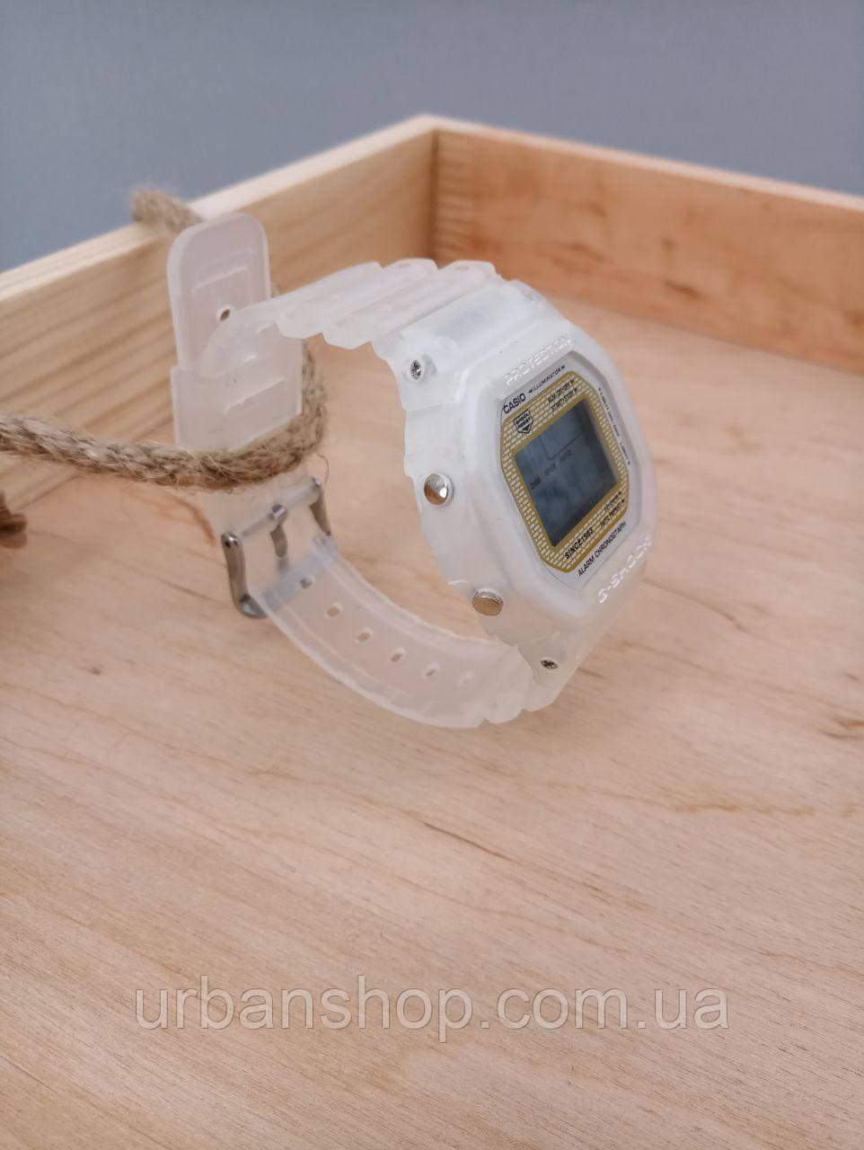 Годинник G - Shock white