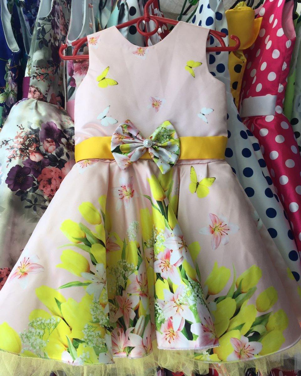 Нарядное платье розовое с цветами Ретро для девочки на 4-6 лет