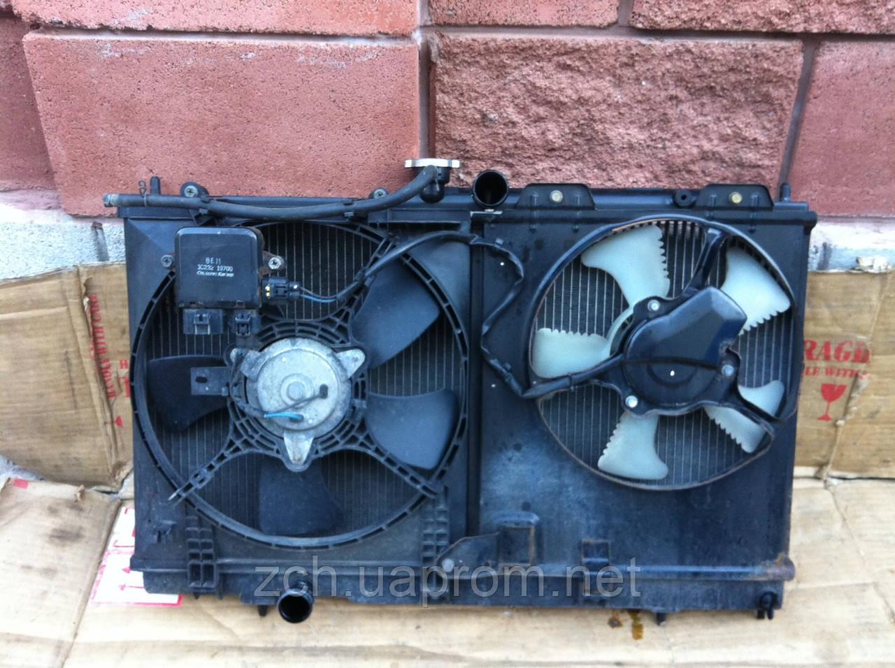 Радиатор воды 1.6 и 2.0 акп, мех Mitsubishi Lancer 9